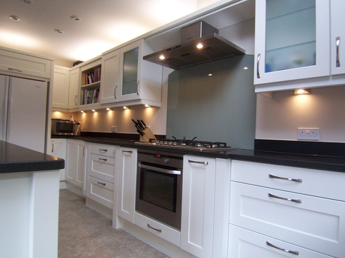 Shaker kitchen with gas hob
