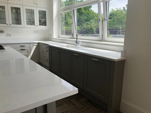 Shaker kitchen with Belfast sink