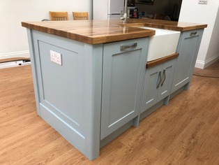 Bespoke island with Belfast sink
