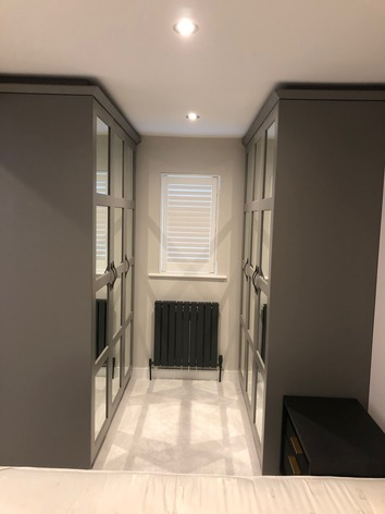 Shaker wardrobes with mirrors