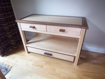Magazine table with drawers