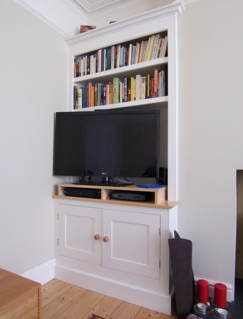 In-frame bookcase and cupboard