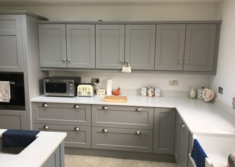 Built-in Shaker kitchen