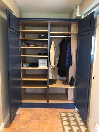 Built-in boot room storage