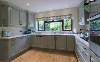 Built-in fitted kitchen