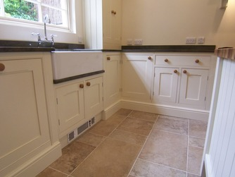 Bespoke in-frame kitchen with belfast sink
