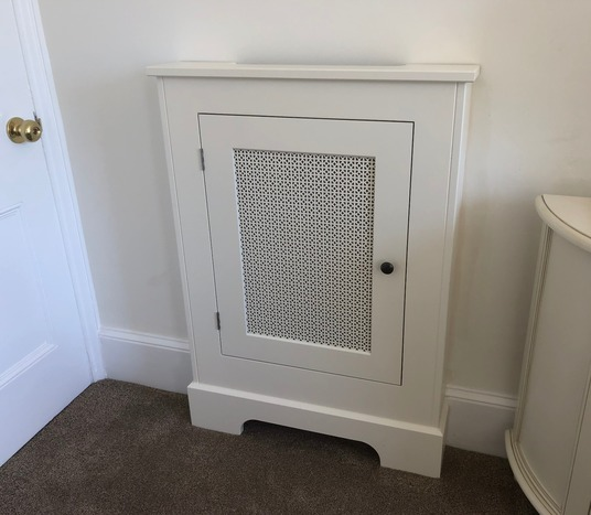 In-frame radiator cover